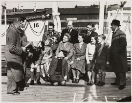 Emigrating to Australia aboard the 'Georgie', 1949 (picture National Media Museum)